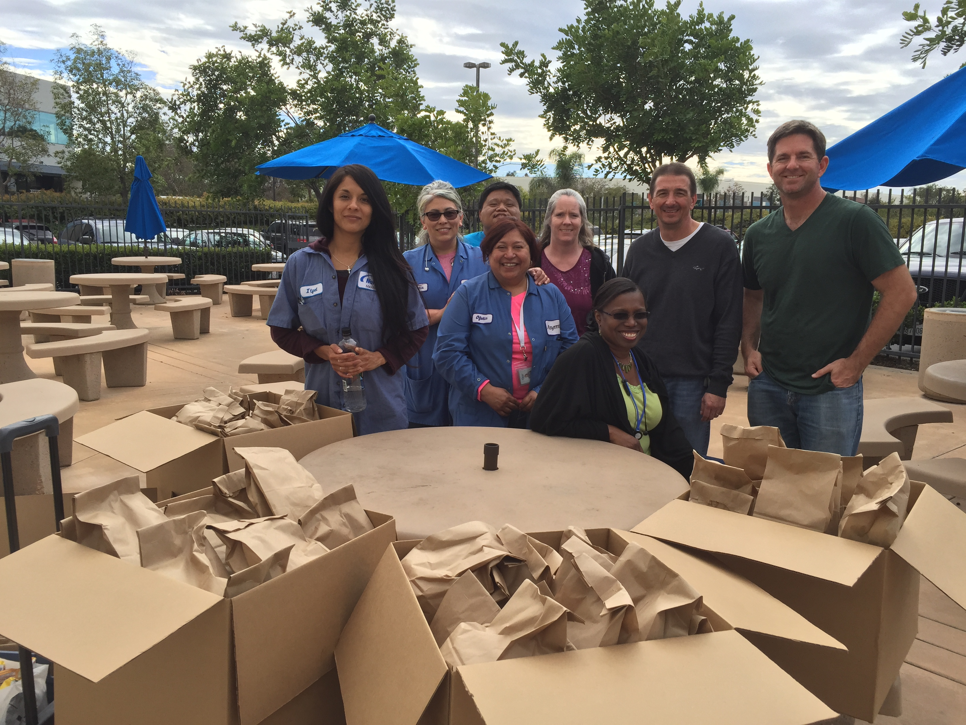 nordson group makes sack lunches